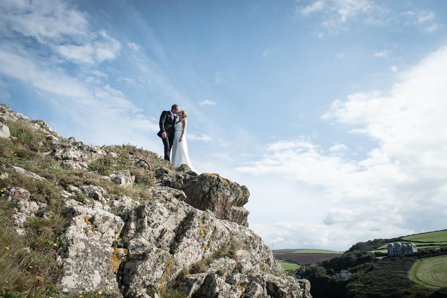 cornwall cliff top wedding